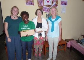 v.l.n.r.: Saskia Soysal (Frauennotruf Mainz e.V.), Dative Nakabonye (FCLLO Huye), Anette Diehl (Frauennotruf Mainz e.V.), Dr. Gisela Hilgefort (pro familia Mainz)